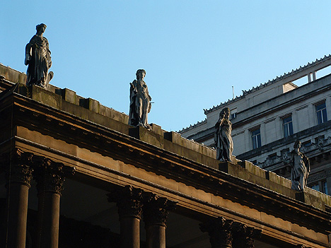 Four Seasons statues, Liverpool Town Hall